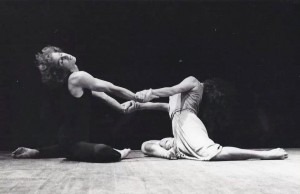 Anna Sokolow Lyric Suite. Dancers; Yaron Margolin, Aya Rimon Levi Photo: Noga Drifus.